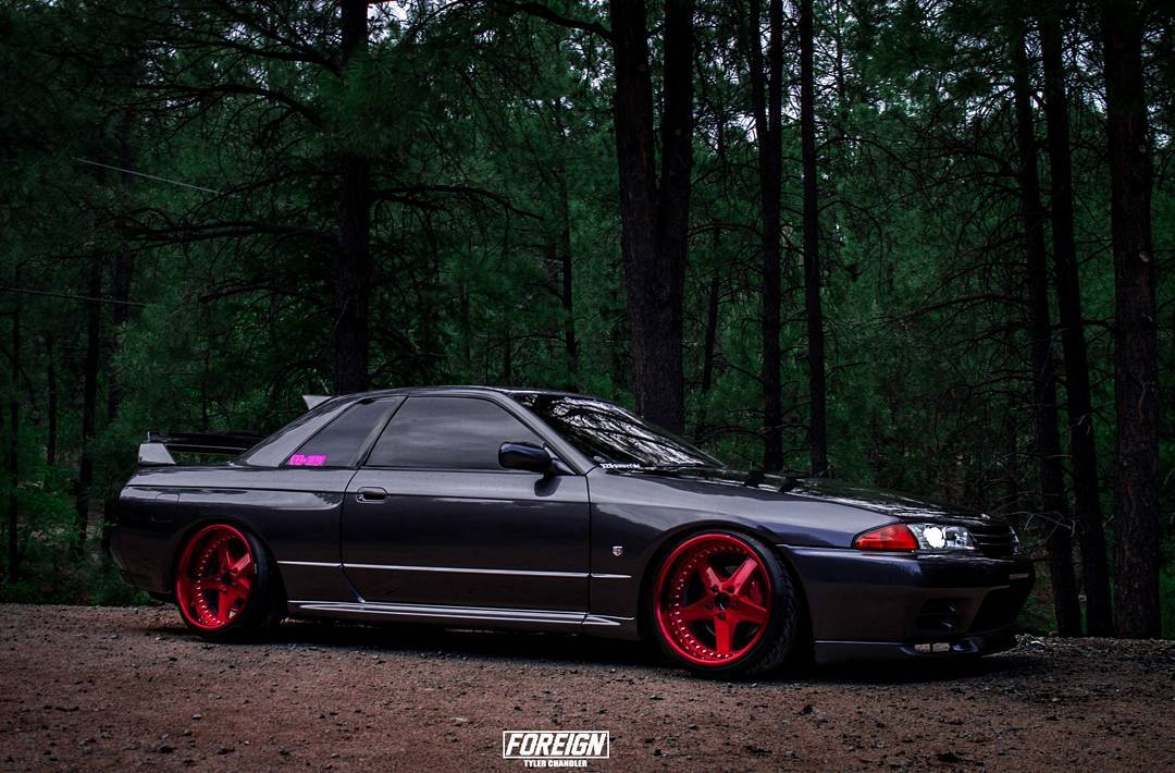 modified nissan gtr r32 skyline black modifiedx. Black Bedroom Furniture Sets. Home Design Ideas