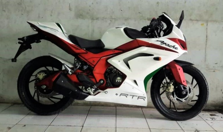 TVS Apache 200 faired sport
