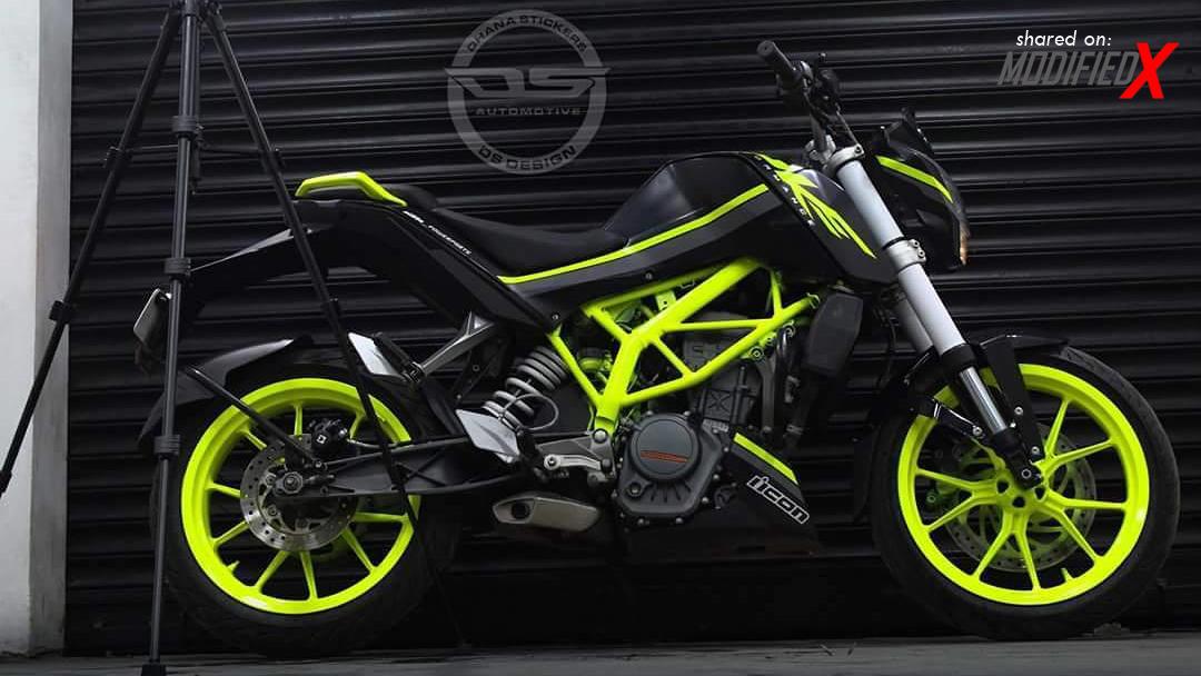 New KTM Duke 200 Modified Black Fluorescent Green 2017