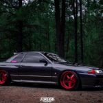 Nissan GTR skyline R32 with red alloy