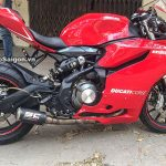 Benelli TNT300 modified to Panigale