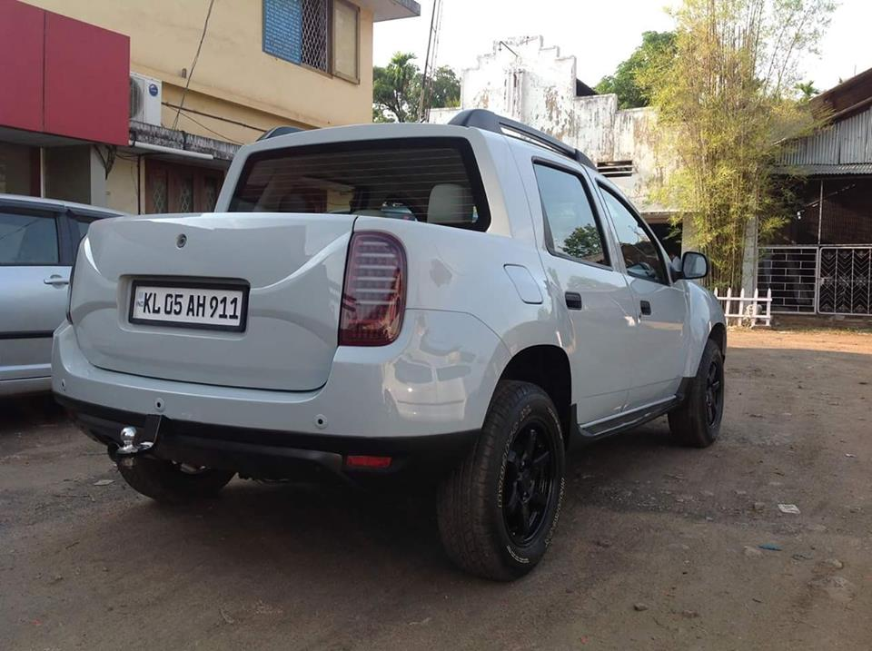 renault duster modified to oroch pick up kerala modifiedx. Black Bedroom Furniture Sets. Home Design Ideas