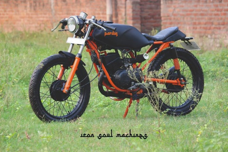 Modified Yamaha RX135 India