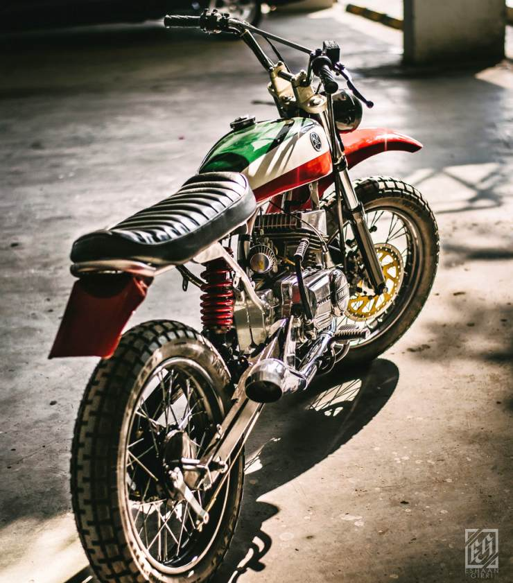 Modified Yamaha RX100 Scrambler with Custom Megaphone ...