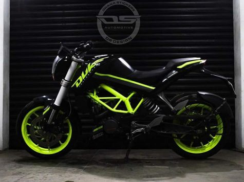 KTM Duke 200 green black