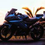 Modified Yamaha R15 blue