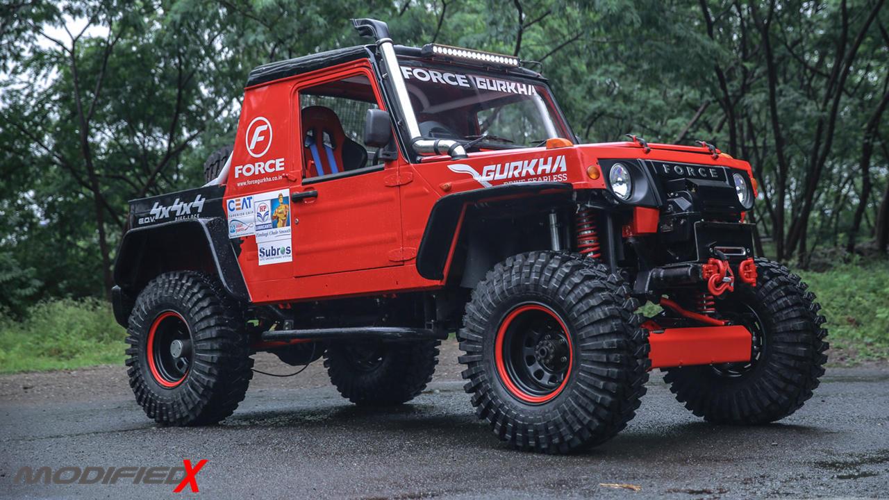 Custom Force Gurkha red