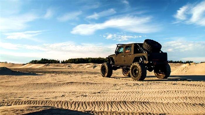 Custom Jeep in desert