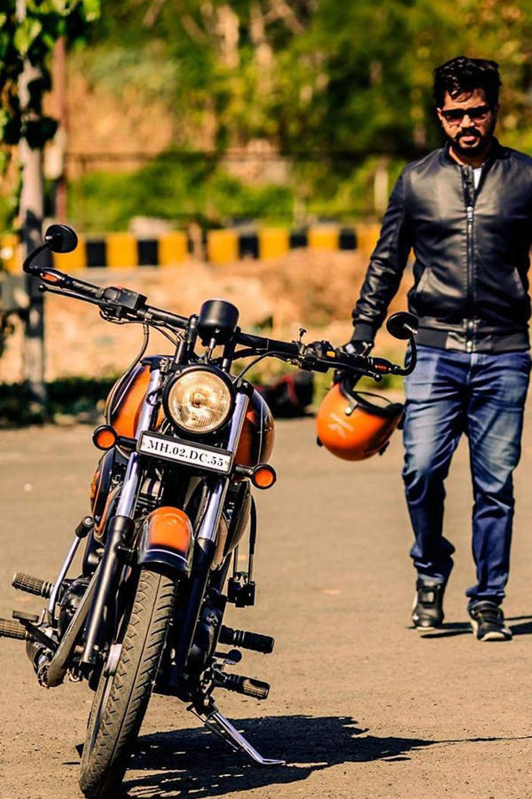 Royal Enfield Classic 350 modified orange 'Rebel Rust'