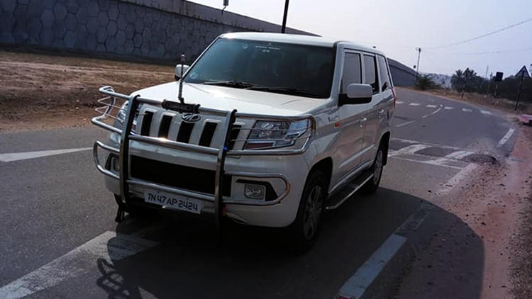Mahindra TUV 300 plus front guard and bull bar