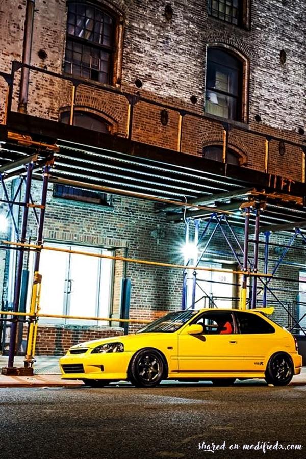 Yellow Honda Civic EK9 Type R Custom