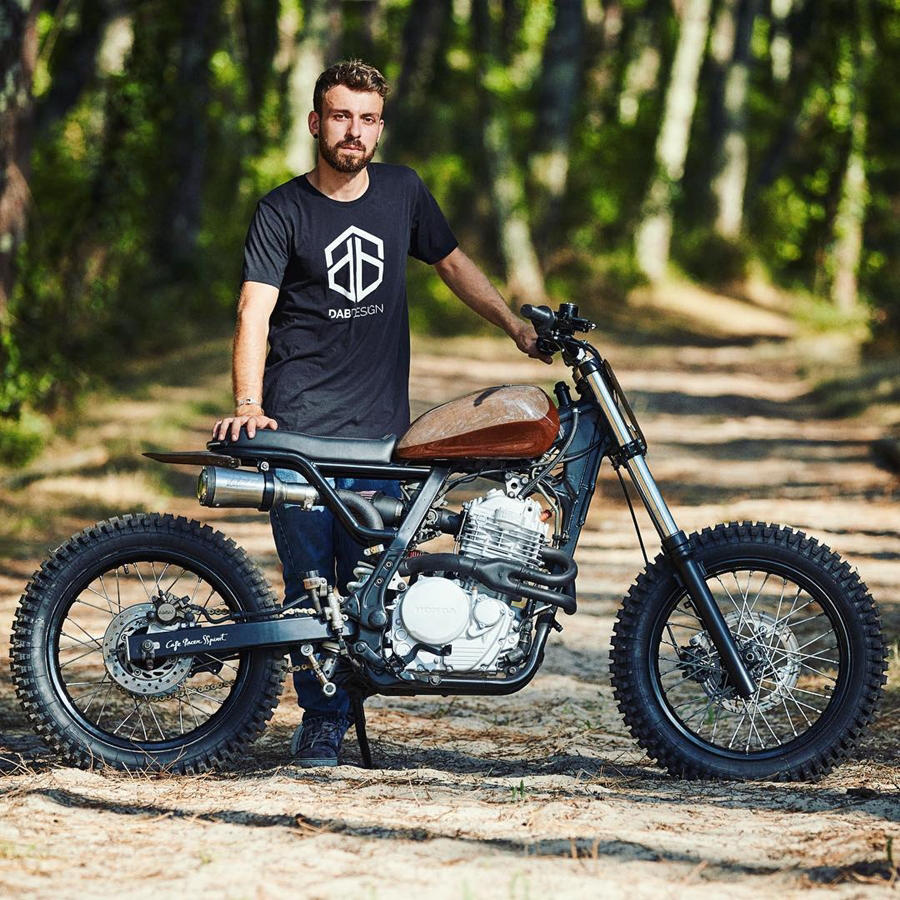 Honda NX650 modified scrambler