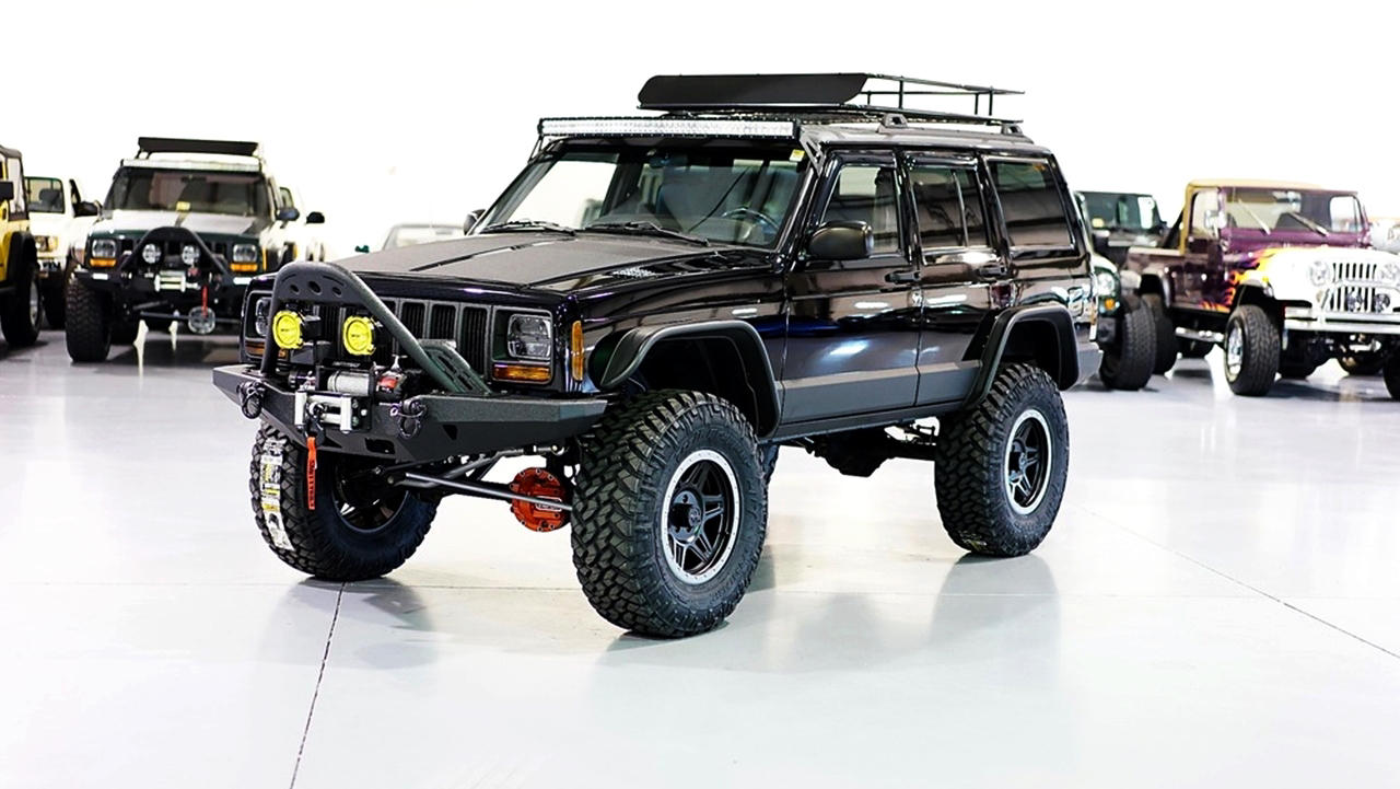 Custom 1999 Jeep Cherokee Classic XJ