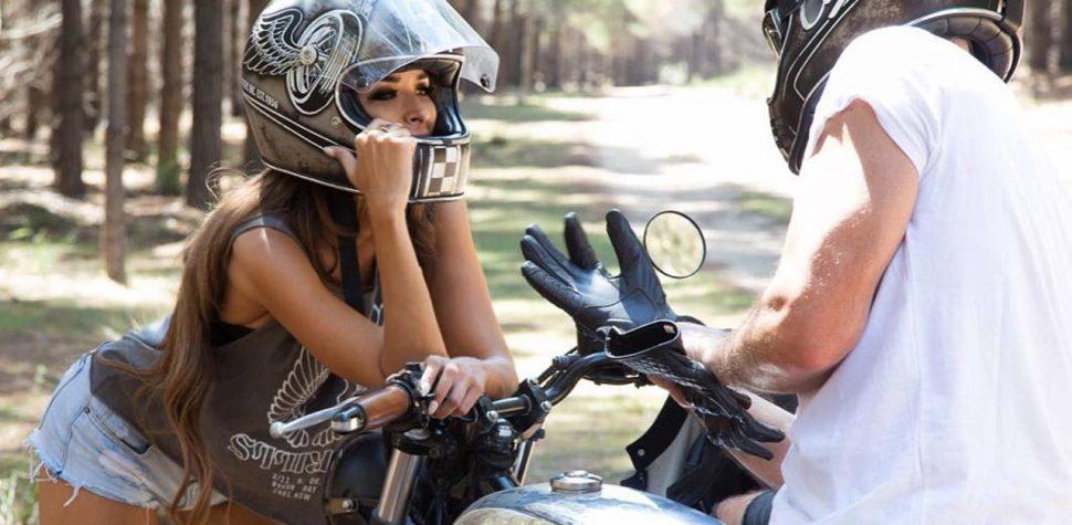 Hot girl wants a ride