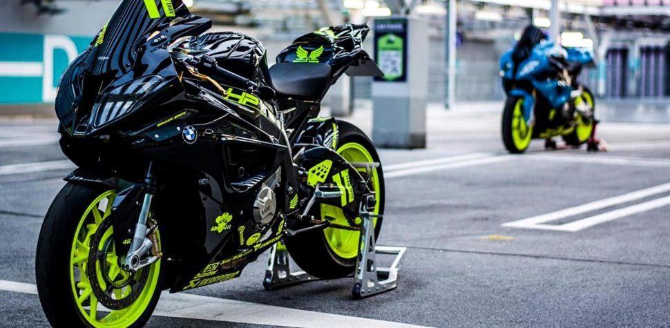 BMW S1000RR custom black and fluro green