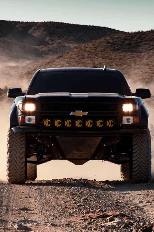 Custom Chevrolet Silverado Offroad