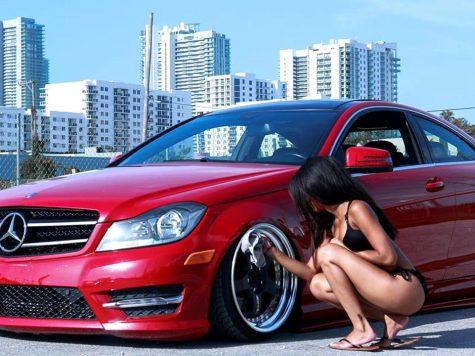 Mercedes girls
