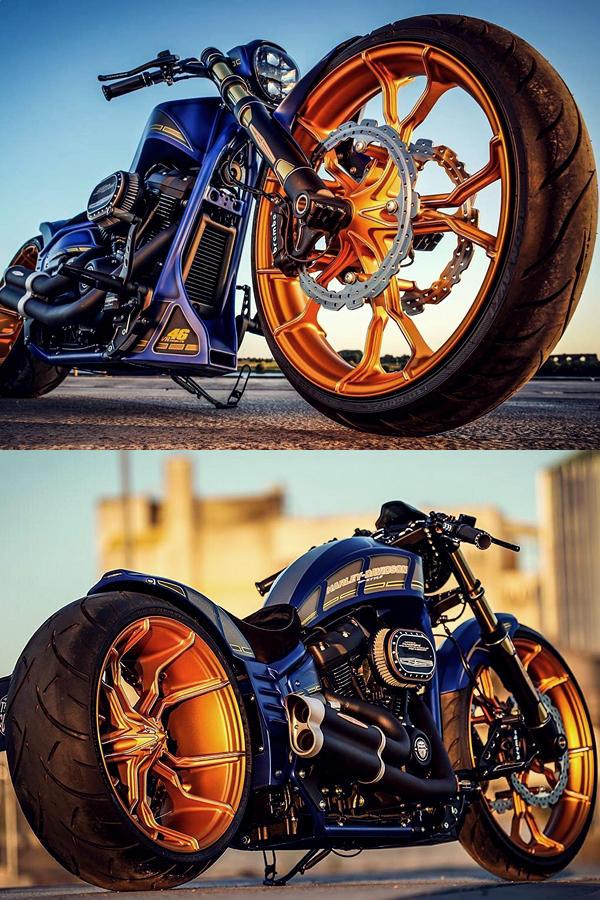Custom Harley Davidson Breakout Cafe Racer