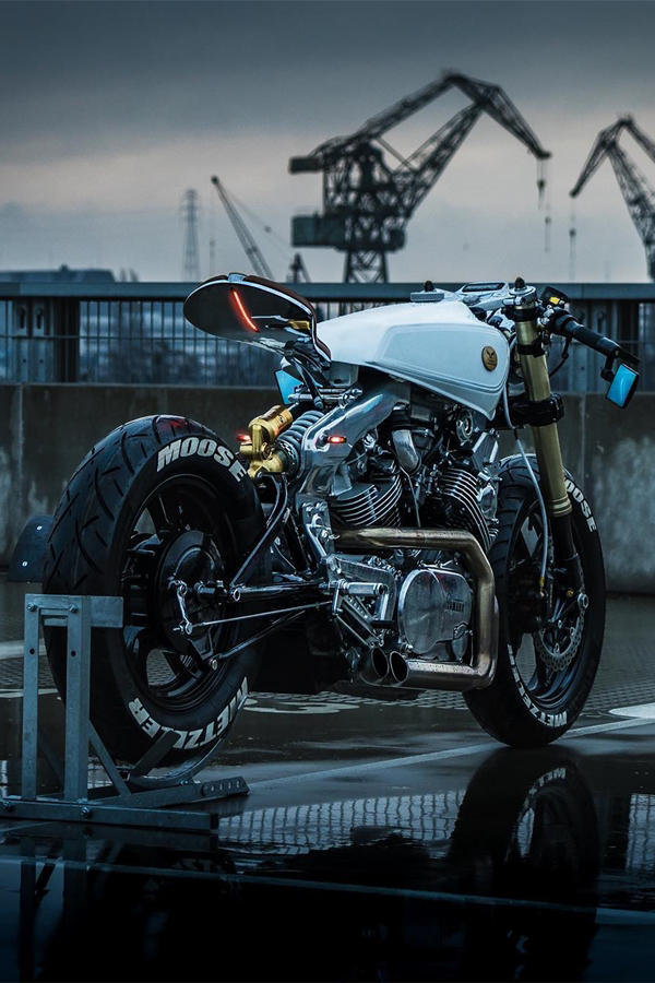 Custom Yamaha XV920 White Cafe Racer