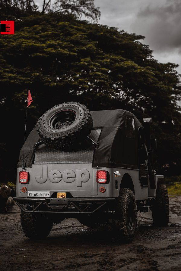 Jeep rear tire Mahindra