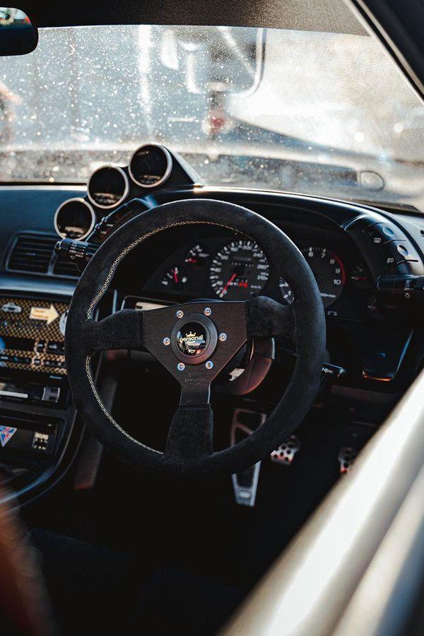 R32 interior